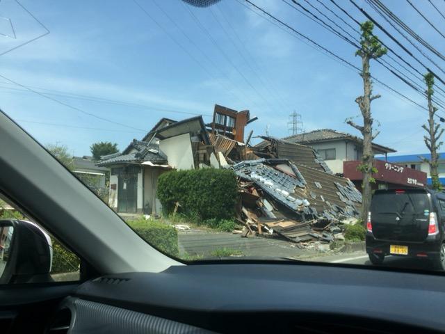 160420熊震0被災1.JPG